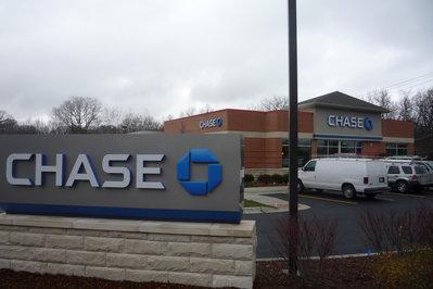 Wheaton - Chase Bank